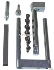 Befestigungsset mit den Einzelteilen für MB Sprinter, Vito, Viano und VW Crafter