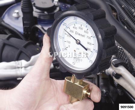 Kompressionsdruck Prüfgerät UNI Diesel 0-70 bar inkl. UNI Adapter